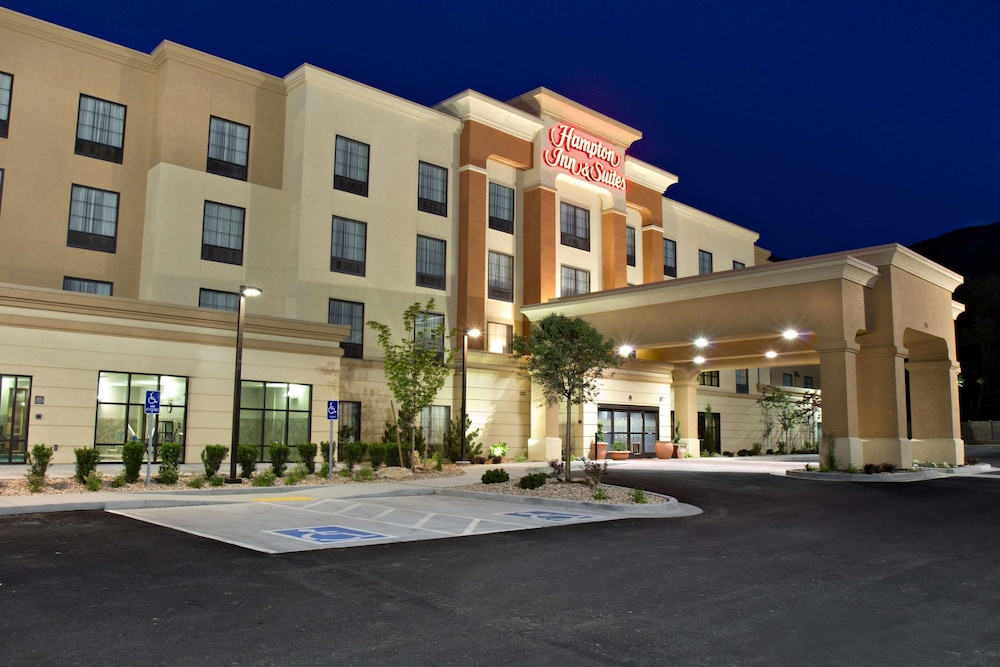 Exterior, Hampton Inn & Suites Salt Lake City/Farmington, UT