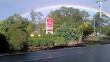 Red Bridge Motor Inn - Woombye Hotels
