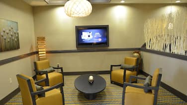 Holiday Inn Express Hotel & Suites Goldsboro - Base Area