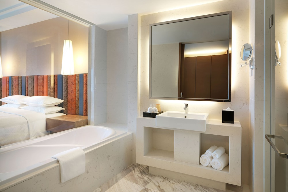 Bathroom, Four Points By Sheraton Bijie