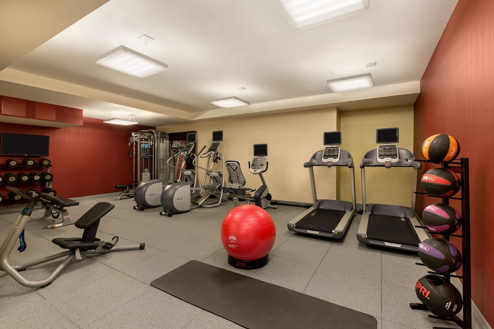 Fitness Facility, Hilton Garden Inn New York/Manhattan-Midtown East