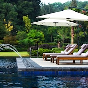 Hangzhou Rose Garden Resort & Spa