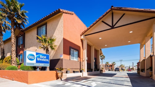 Check Expedia for Availability of Best Western Desert Winds
