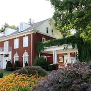 Mountain Laurel Bed & Breakfast