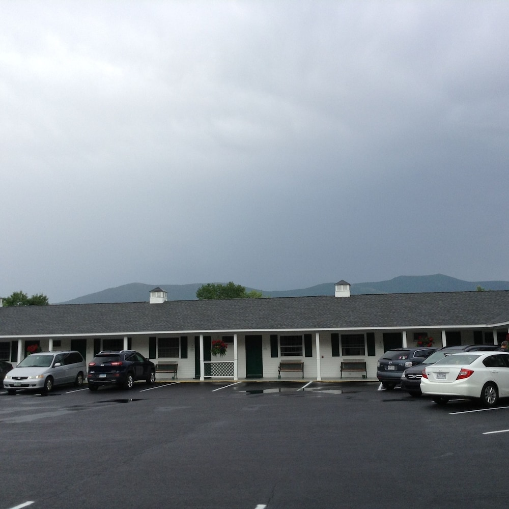 Front of Property, Briarcliff Motel