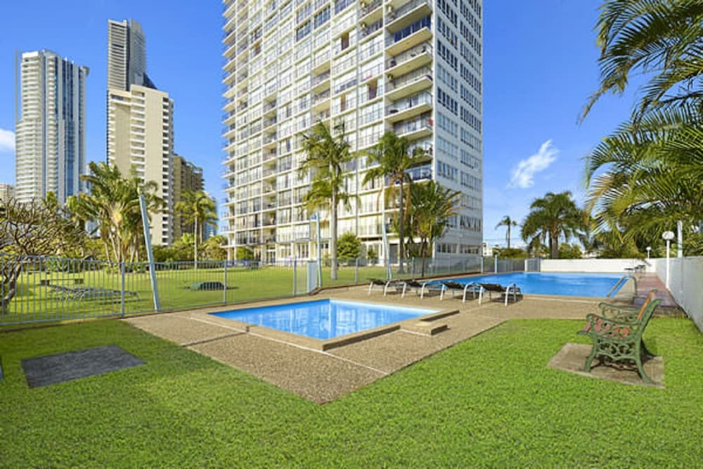 Condor Ocean View Apartments Surfers Paradise Aus Best Price Guarantee Lastminute