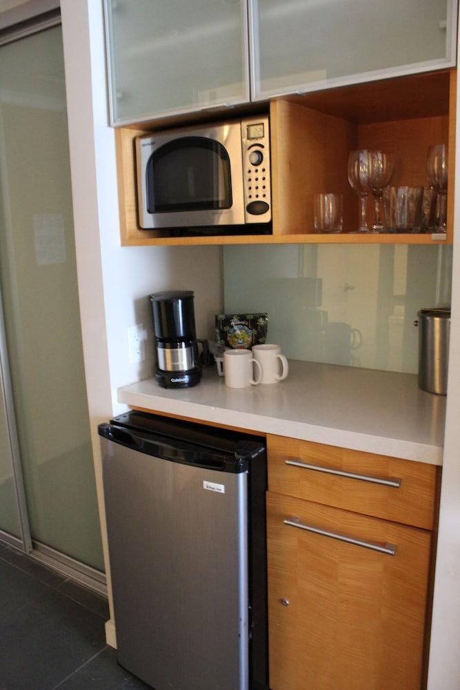 Private Kitchenette, Ala Moana Hotel by LSI Resorts