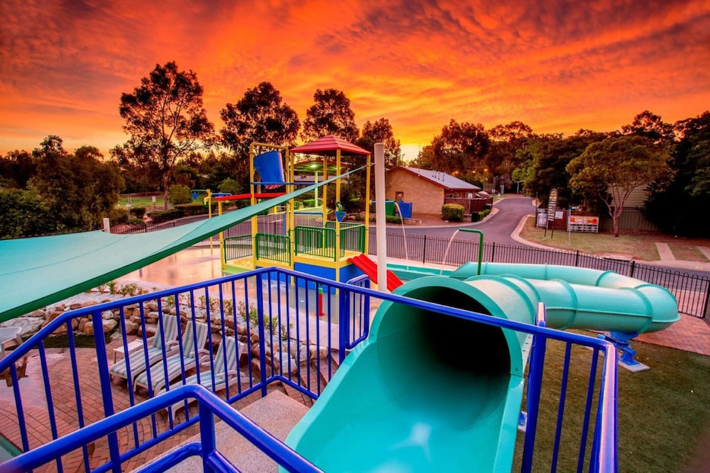 Waterslide, Discovery Parks - Dubbo