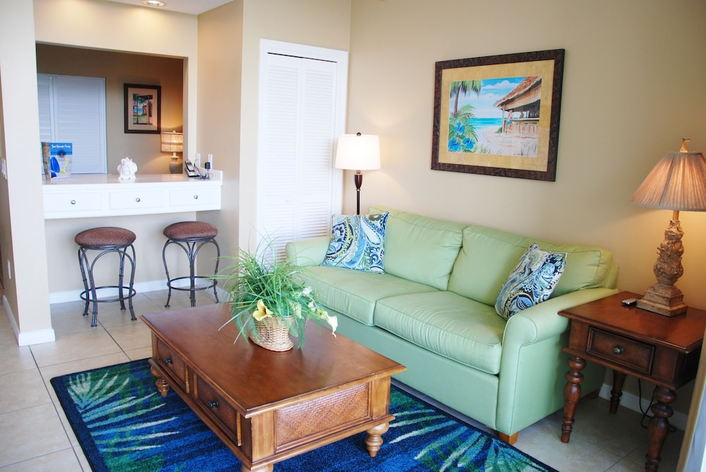 Living Area, Destin West Vacations