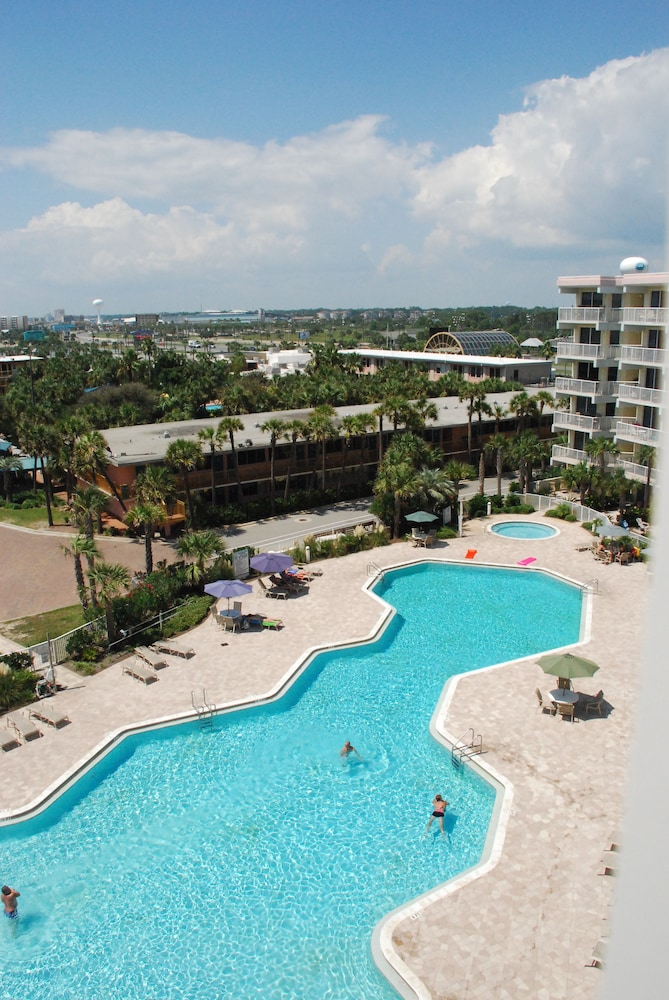 Outdoor Pool, Destin West Vacations