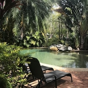 Palm Villas Resort