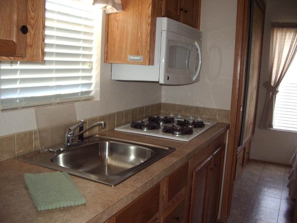 Private Kitchen, Verde Valley RV & Camping Resort, a Thousand Trails Property