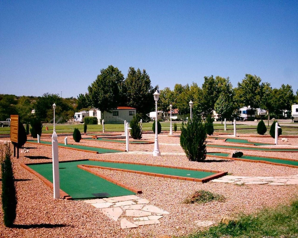 Mini-Golf, Verde Valley RV & Camping Resort, a Thousand Trails Property