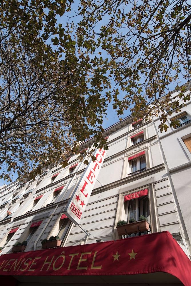 Hotel De Venise  Rue De Chaligny  Paris