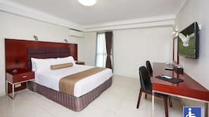 In-room safe, laptop workspace, iron/ironing board, cots/infant beds