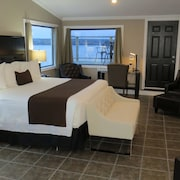 Fundy Complex Dockside Suites