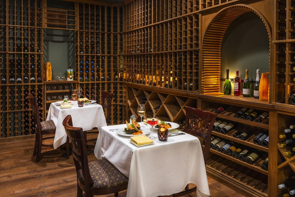 Dining, The Inn at Thorn Hill & Spa