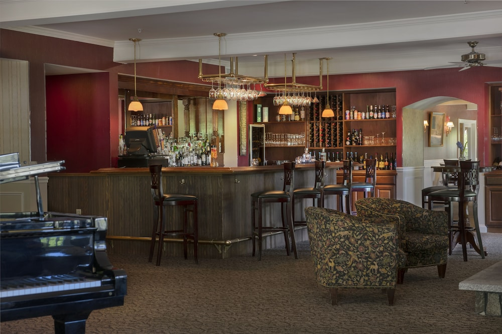 Lounge, The Inn at Thorn Hill & Spa