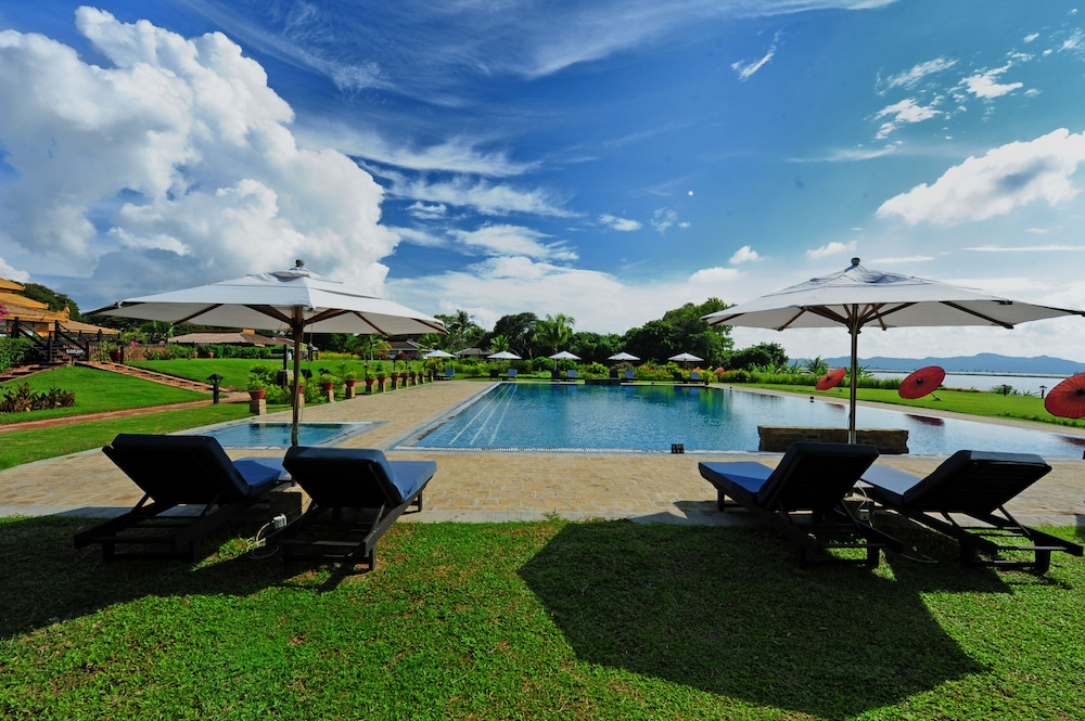 Outdoor Pool, Bagan Thiripyitsaya Sanctuary Resort
