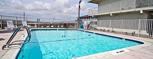 Great Place to stay Hilltop Inn & Suites near Victorville