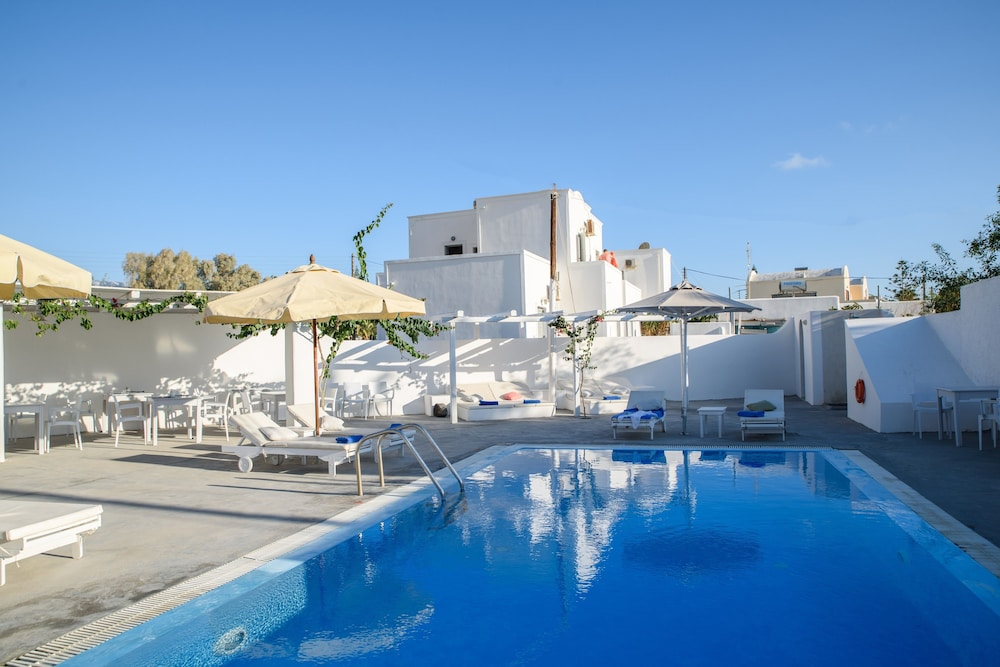 Atlas boutique hotel deals reviews santorini grc wotif for Boutique hotel vacations