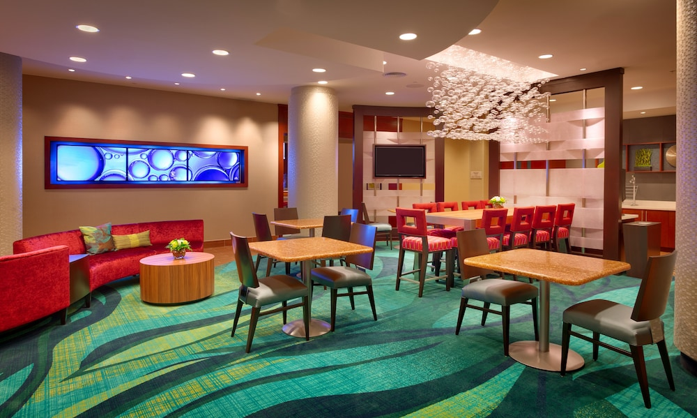 Lobby Sitting Area, Springhill Suites Houston I-45 North