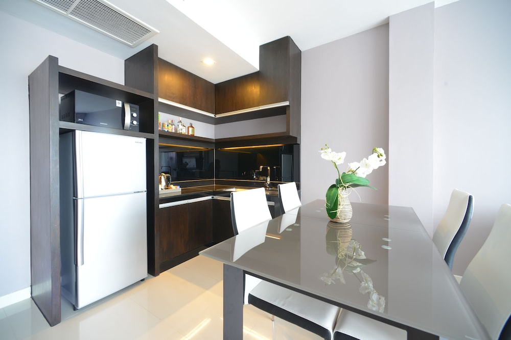 Private Kitchenette, The Charm Resort Phuket