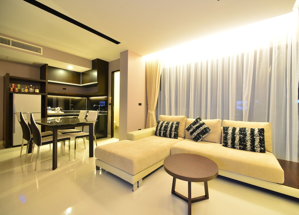 Living Area, The Charm Resort Phuket