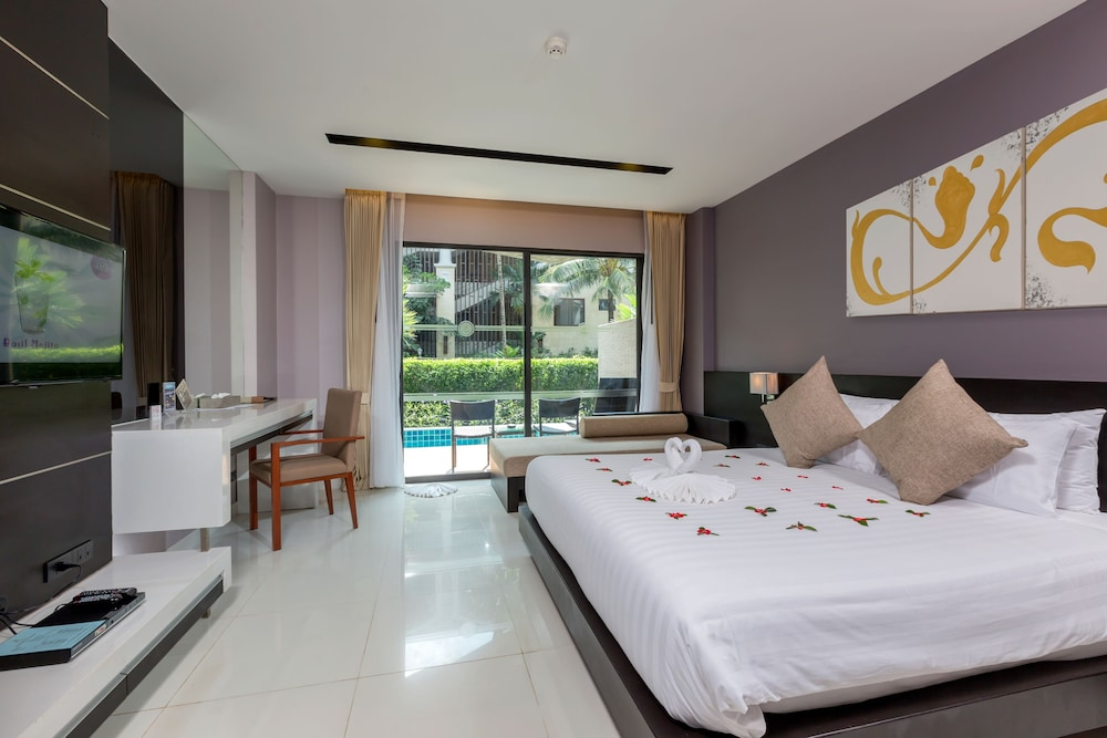 Room, The Charm Resort Phuket