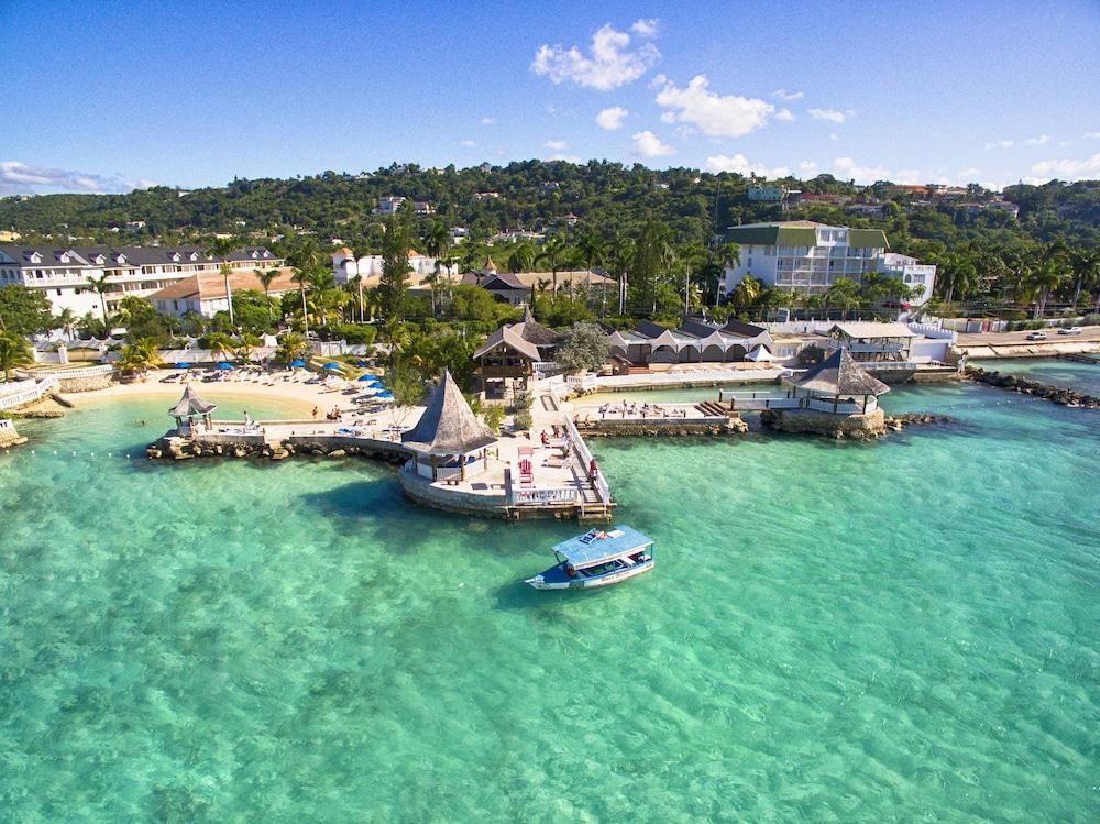 Montego bay cruise terminal webcam