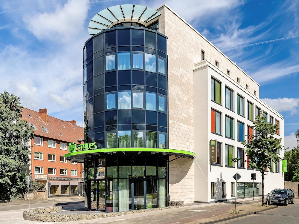 Hotel ibis styles hildesheim in hannover hotel rates for Hannover hotel