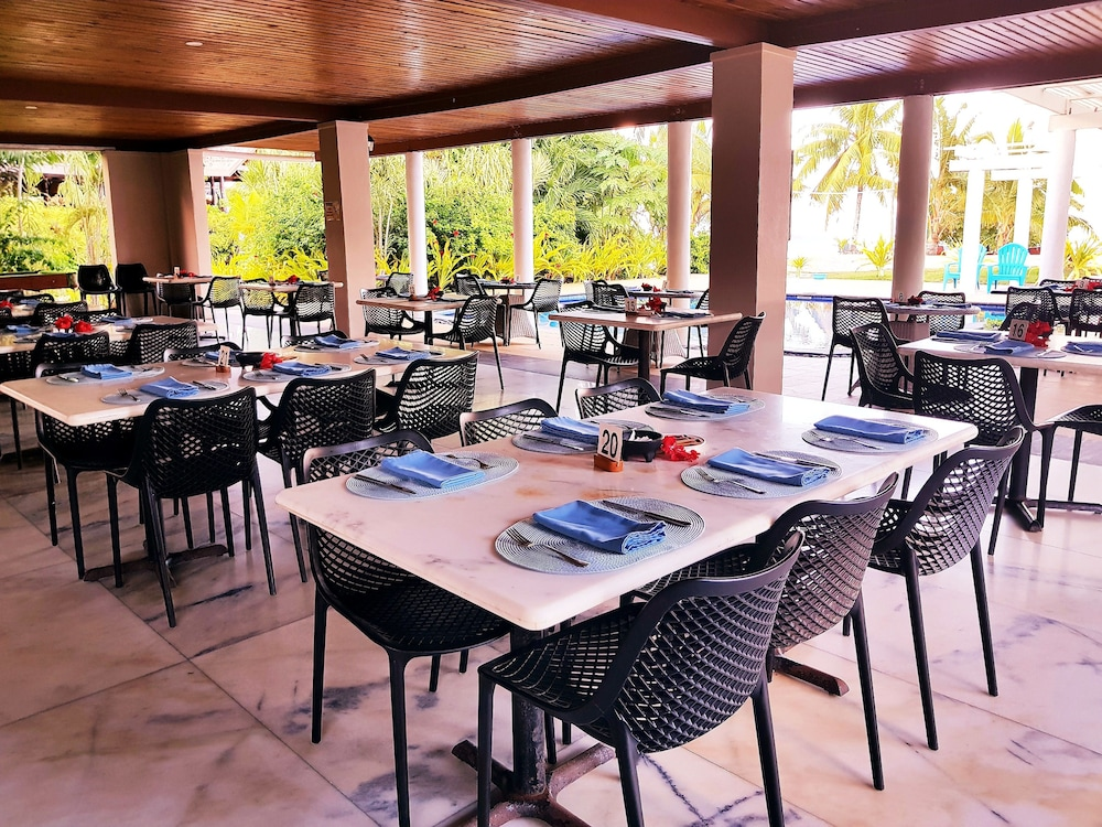 Breakfast Area, Return to Paradise Resort and Spa