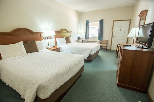 Great Place to stay Green Gables Inn near Branson