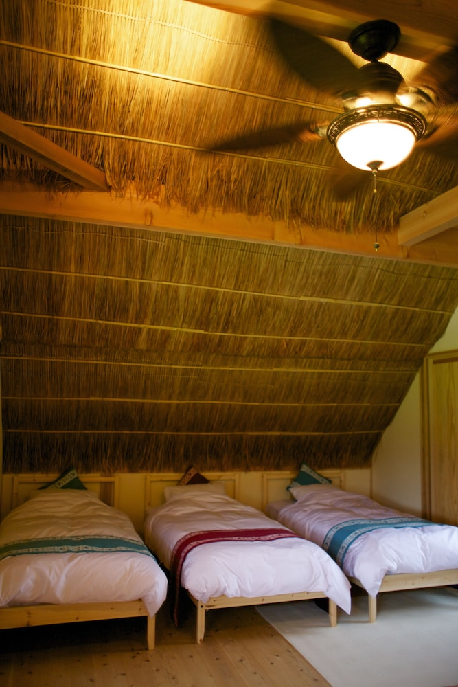 Room, Miyama Futon & Breakfast Thatched Cottages