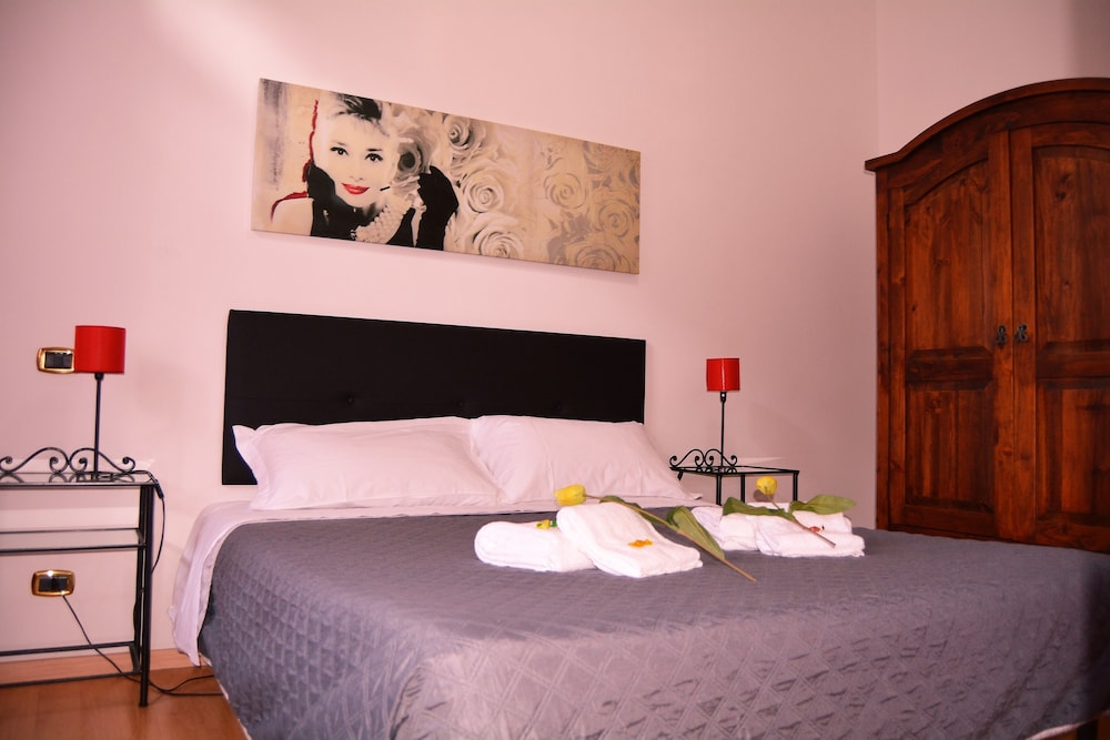 San pietro resort rome italie for Chambre double lits jumeaux