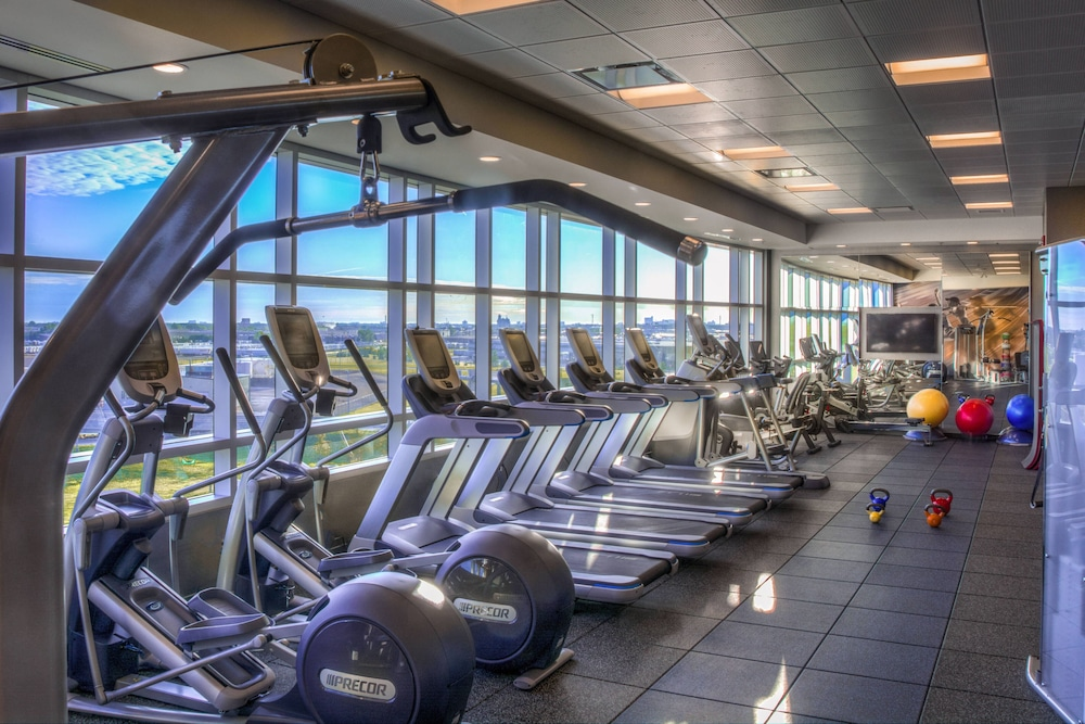 Sports Facility, Courtyard by Marriott Winnipeg Airport