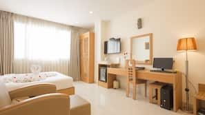 Free minibar items, in-room safe, desk, soundproofing