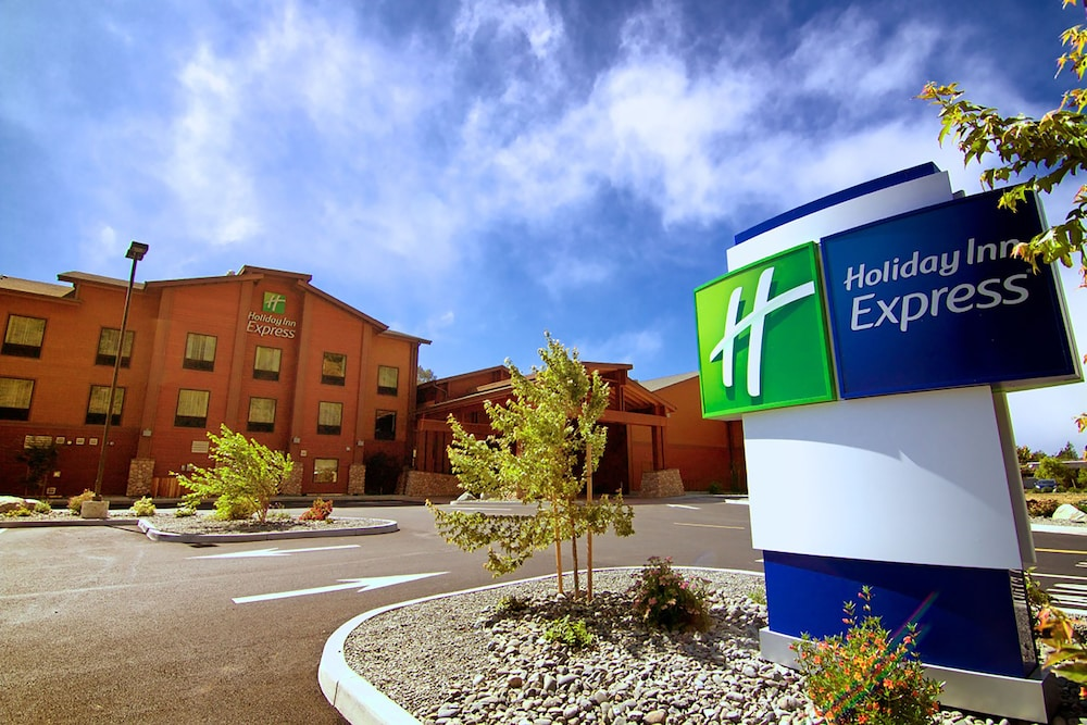 Featured Image, Holiday Inn Express Klamath - Redwood Ntl Pk Area