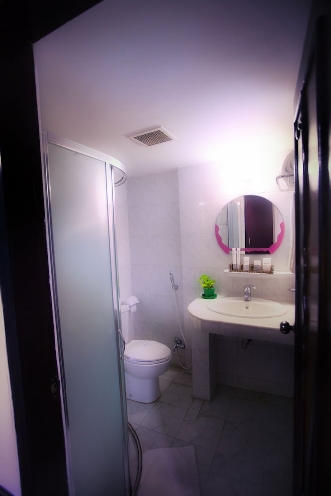 Bathroom, Hotel 71