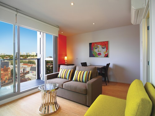 Oaks Melbourne South Yarra Suites