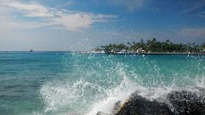 Beach nearby, 9 beach bars