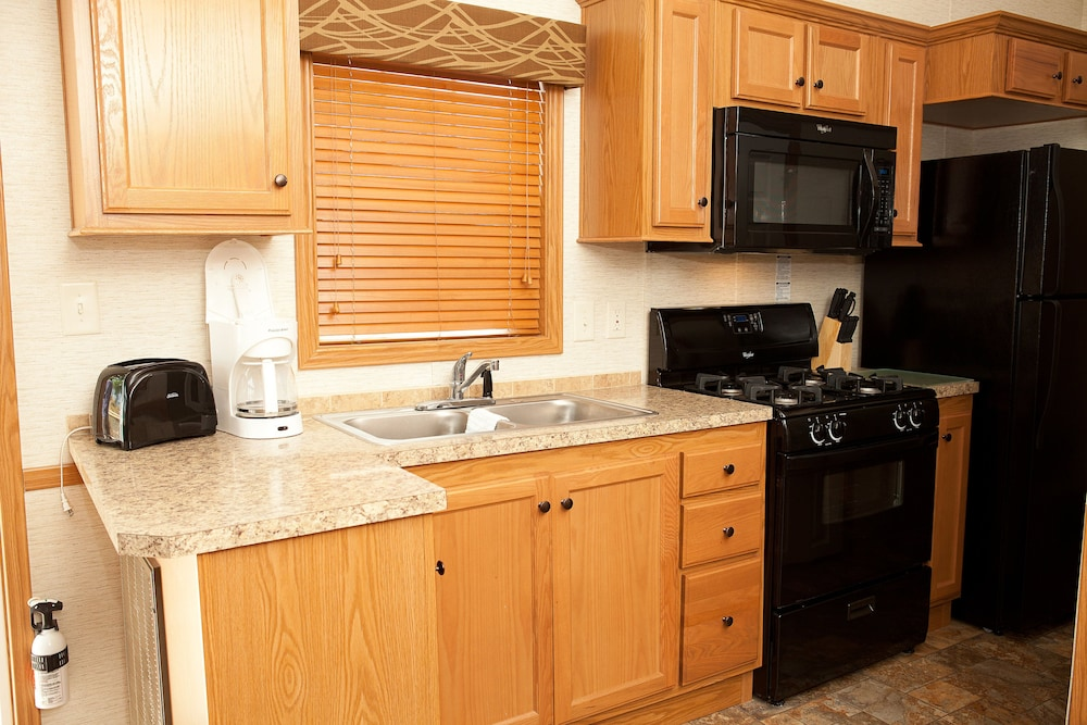 Private Kitchen, New Point RV Resort
