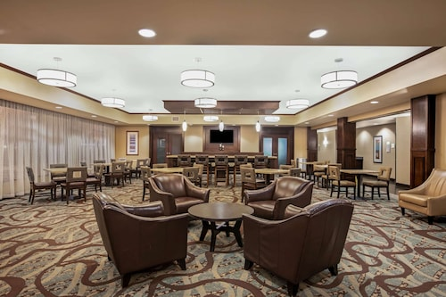 La Quinta Inn & Suites by Wyndham Sioux Falls