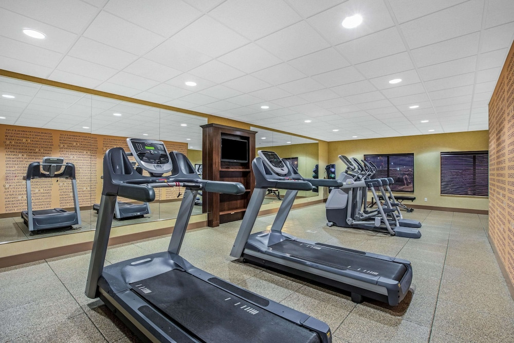 Fitness Facility, La Quinta Inn & Suites by Wyndham Sioux Falls