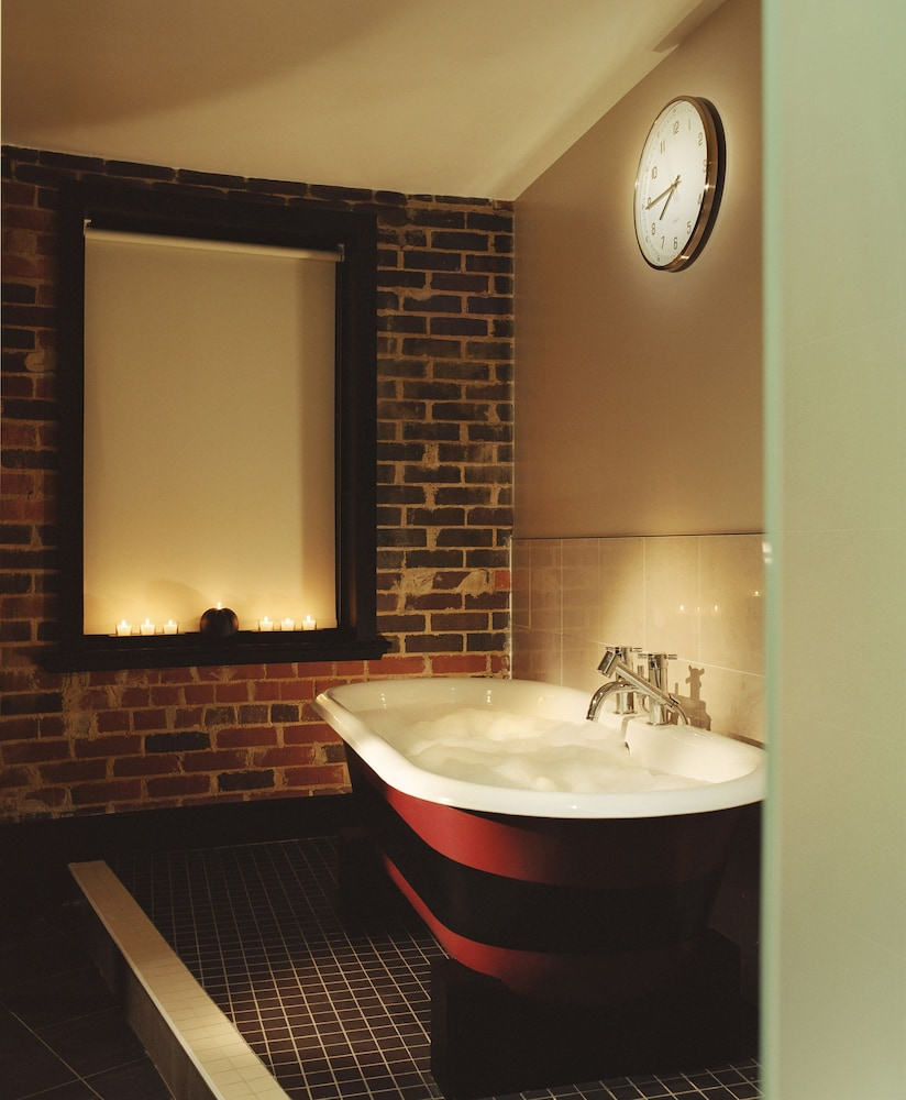 Bathroom, Malmaison Oxford