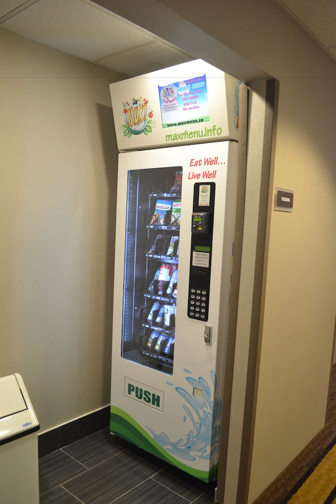 Vending Machine, Best Western Plus Fergus Hotel