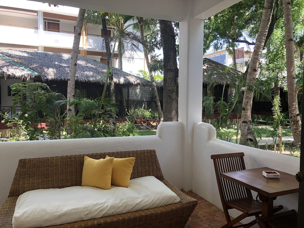 The Boracay Beach Resort: 2019 Room Prices $37, Deals
