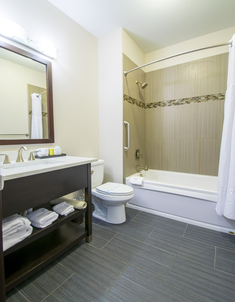 Bathroom, Sunrise Inn Villas and Suites