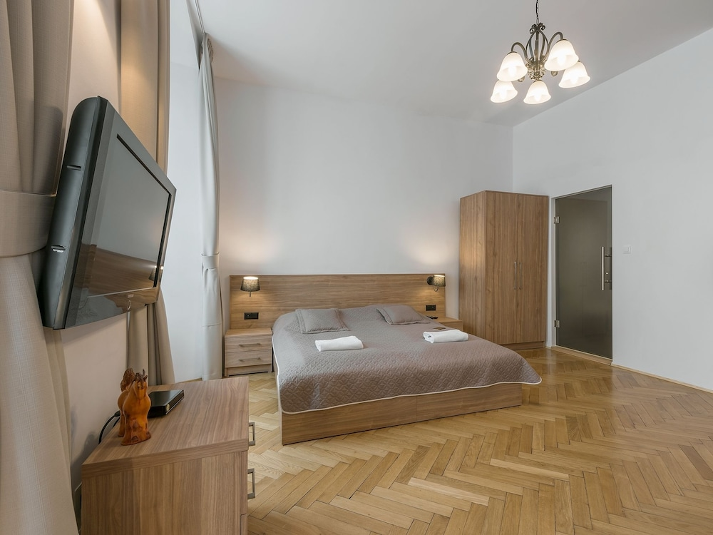 Krakow for you budget krakau hotelbewertungen for Schlafsofa 4you