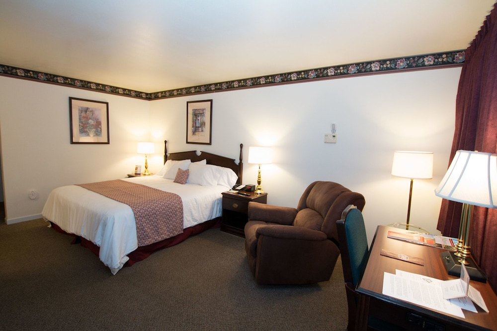Chalet Motel Mequon In Milwaukee Hotel Rates Reviews On Orbitz